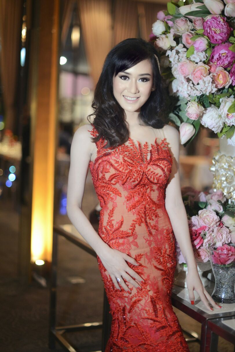 BELSBEE - Catherine Wong